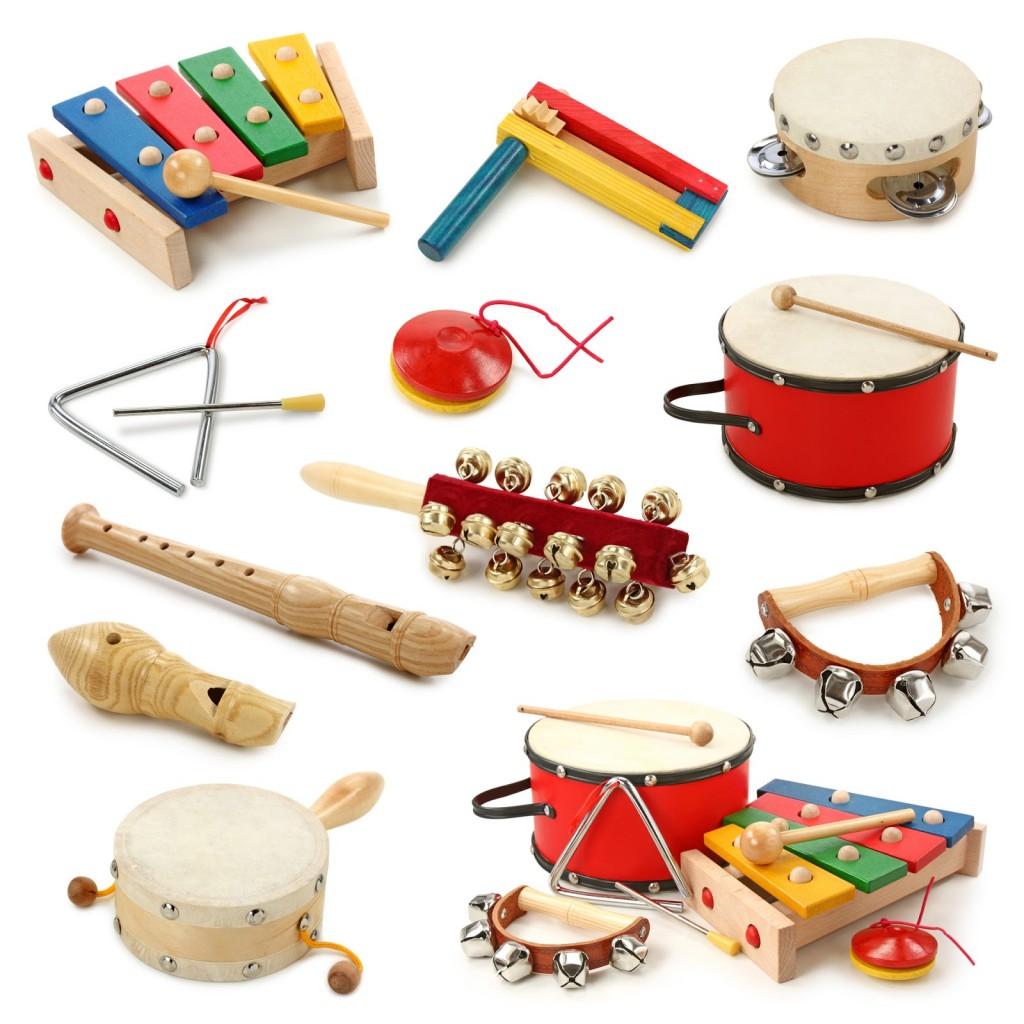 collage-de-instrumentos-musicales-flautas-tambores-matraca-sonajas-y-timbales